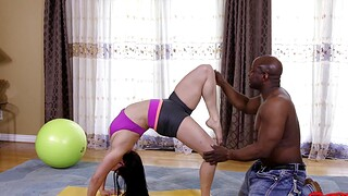 Curvy model factory out and gets fucked by a large diabolical dick